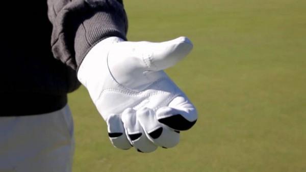 Hướng dẫn cách sử dụng găng tay golf đúng cách