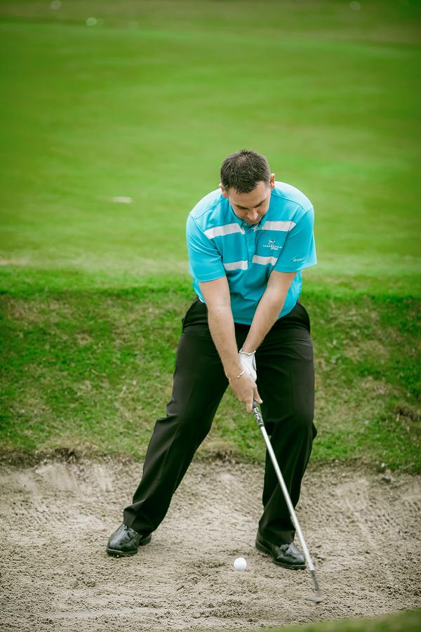 cách đánh cát trong golf
