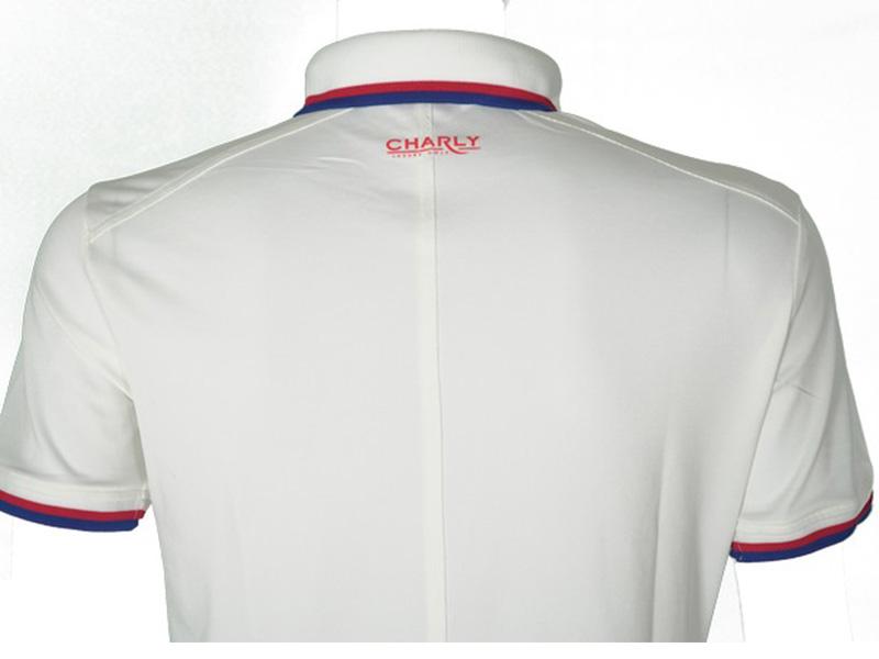 Mẫu áo sử dụng chất liệu cao cấp với khả năng thấm hút mồ hôi tốt