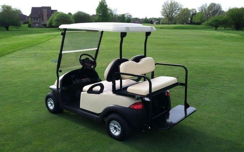 Tại các trận thi đấu nên sử dụng golf cart là tốt nhất