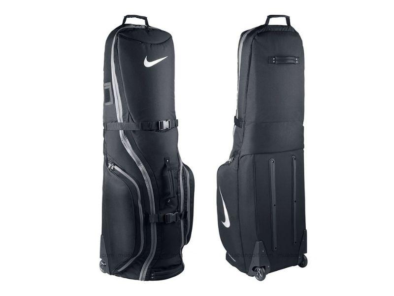 Mẫu túi golf thường được mang theo khi di chuyển xa