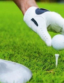 Xác định vị trí và điều kiện của bóng trước khi thực hiện cú đánh