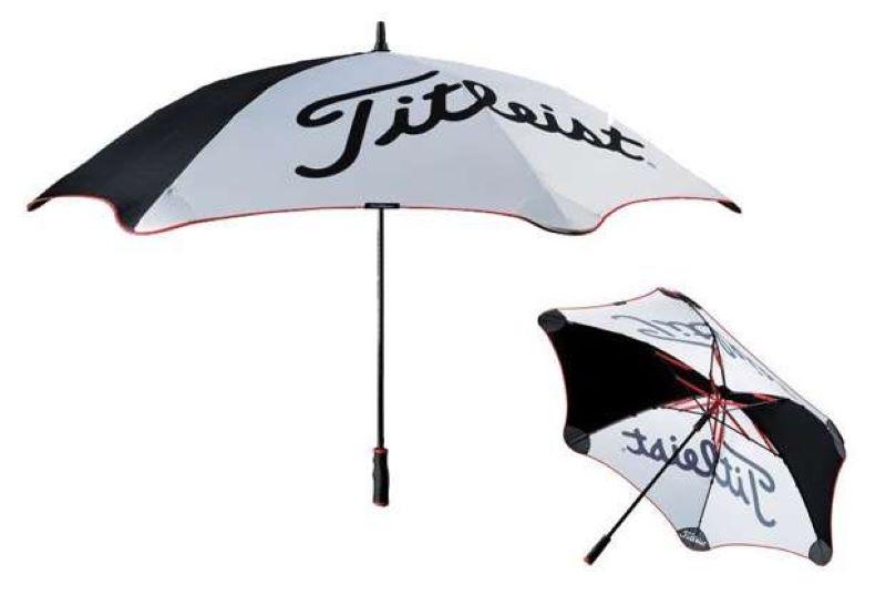 Cánh dù được làm bằng chất liệu nylon siêu chống thấm