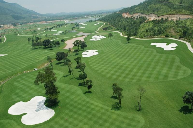 Hệ thống đường fairway trên một sân golf 18 lỗ