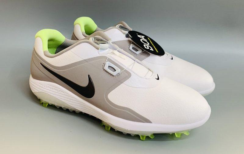 Hình ảnh giày golf nam Nike được thiết kế tinh tế, trẻ trung