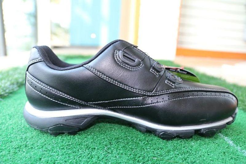 Hình ảnh giày golf nam Mizuno