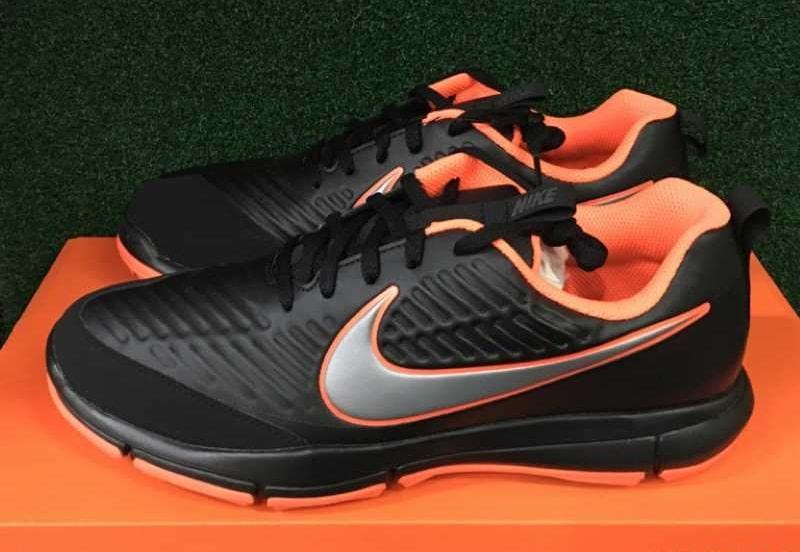 Giày golf Nike Explorer 2 W được làm bằng chất liệu sợi tổng hợp có độ bền cao