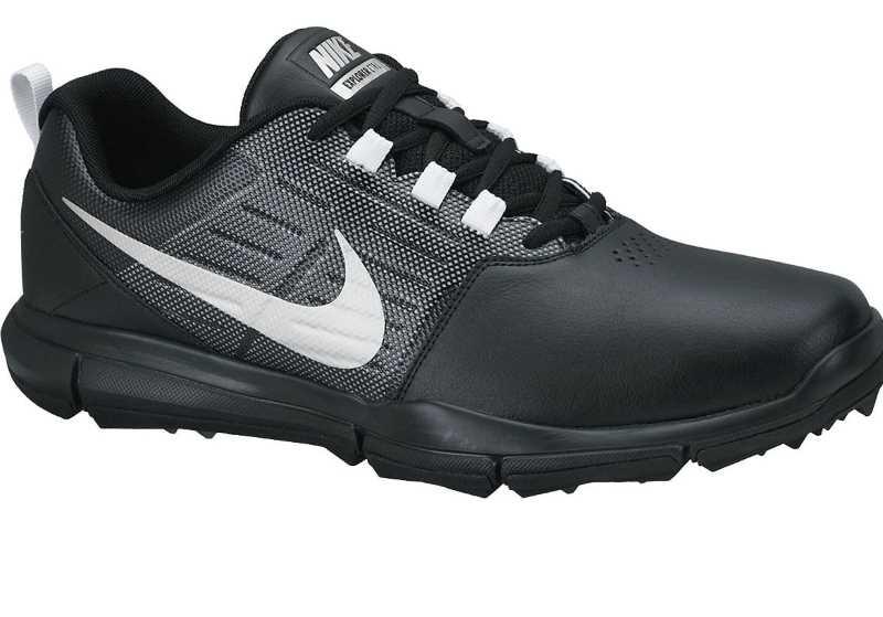 Mẫu giày đơn giản, nhưng vẫn cá tính và năng động