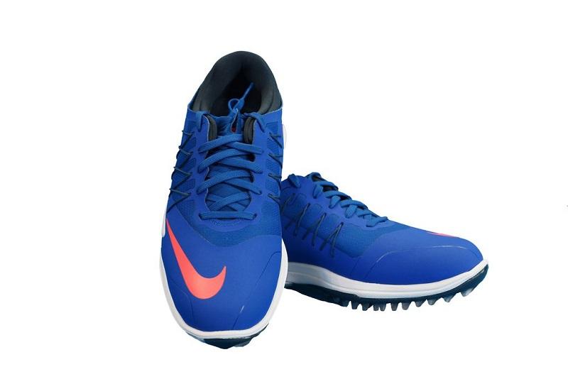 Giày có khả năng chống thấm nước tối đa