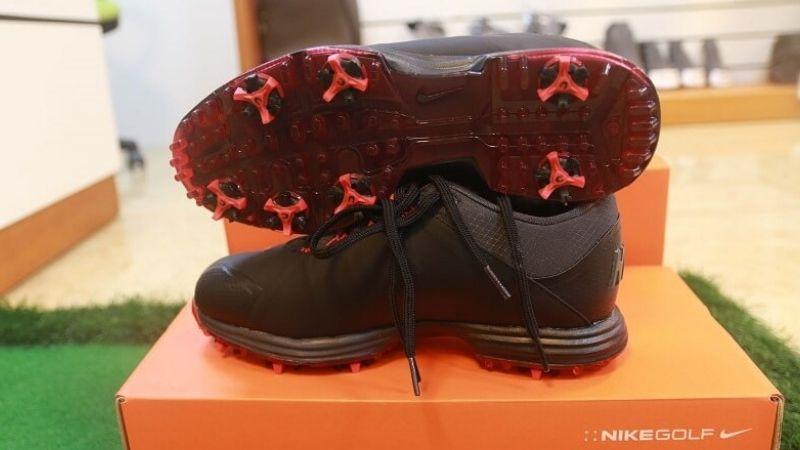 Giày golf Lunar Nike