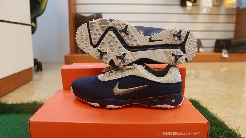 Nike Air Rival I4W hiện được bán tại cửa hàng của Golfcity