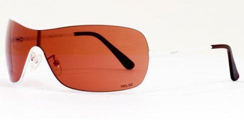 Kính đạt được những tiêu chuẩn về bảo vệ mắt trước điều kiện tự nhiên