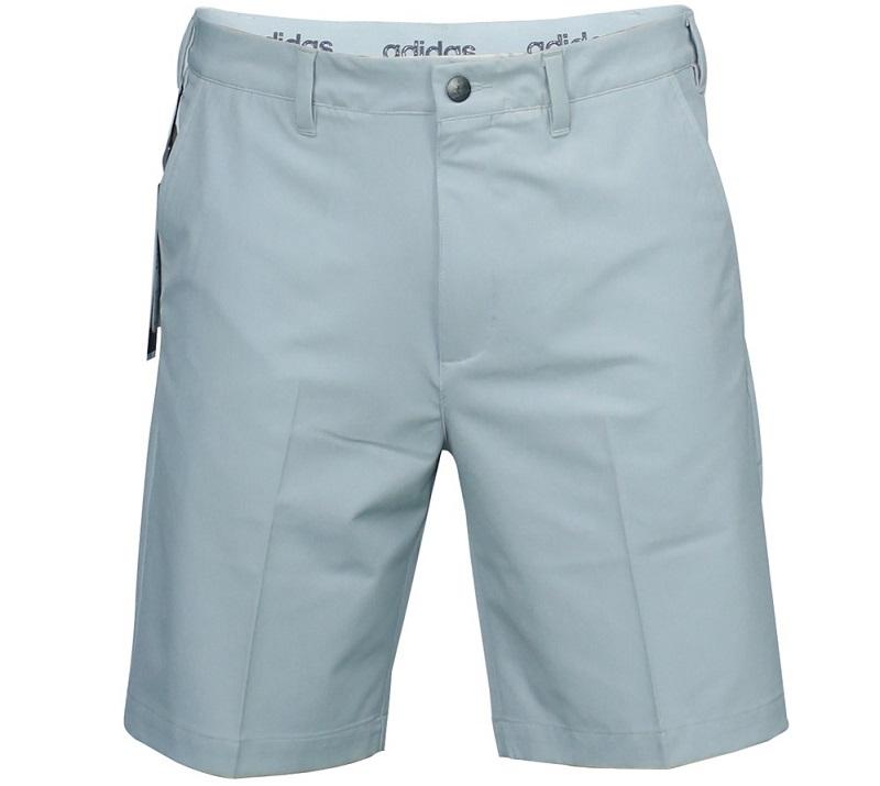 Chiếc quần short golf nam thông thường