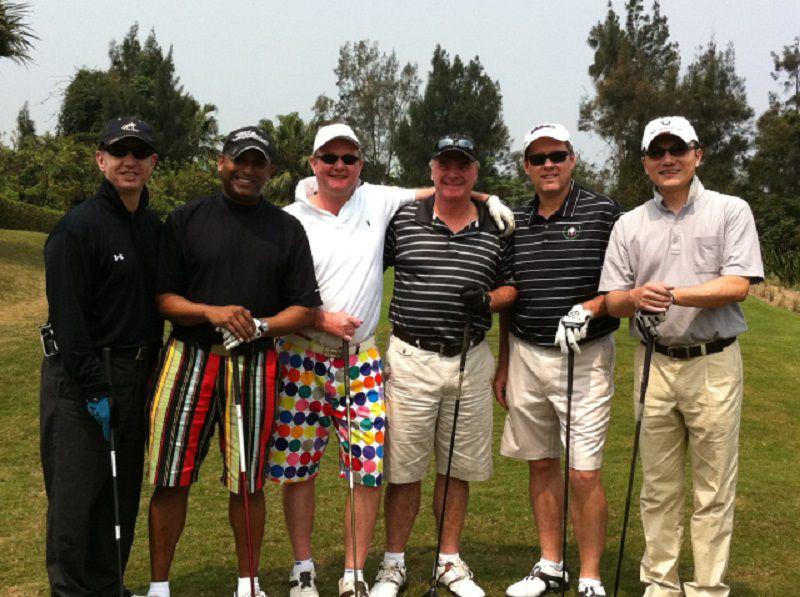 Những kiểu quần short thường được golfer sử dụng khi quý ông ra sân