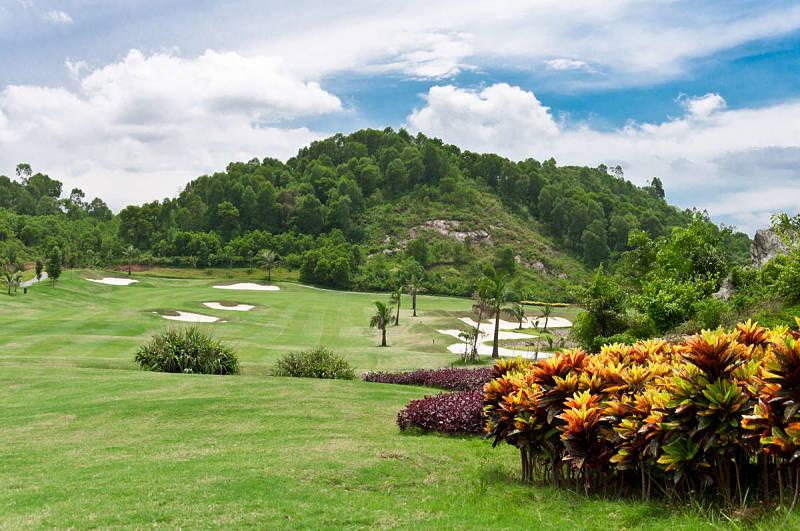 Sân golf Hoàng Gia có một khu resot rất đẳng cấp