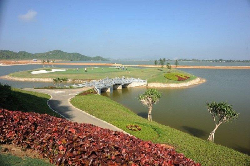 Sân golf Hoàng Gia tọa lạc tại Cố đô Hoa Lư
