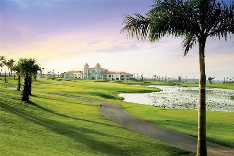 Sân golf Nhơn Trạch Đồng Nai sở hữu hệ thống công trình kiến trúc hiện đại
