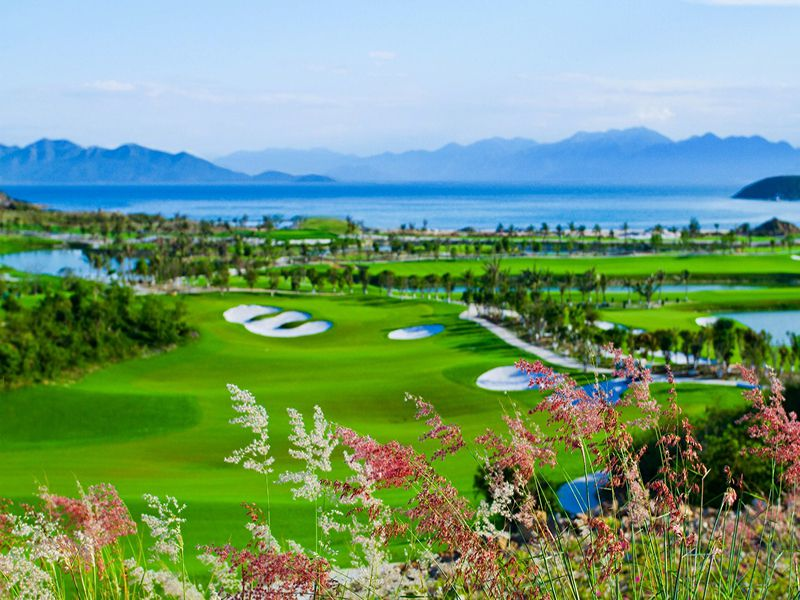 Cảnh quan sân golf Phú Quốc