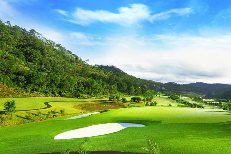 Thiết kế sân golf đầy thách thức
