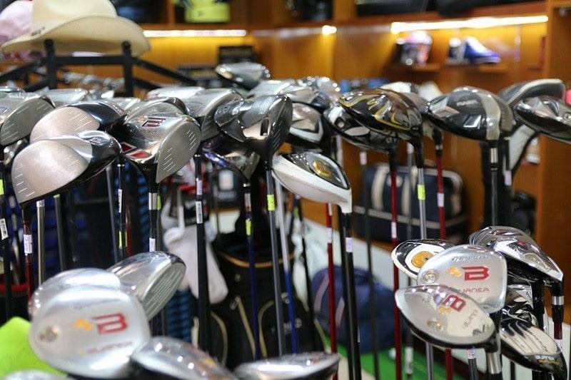 Cửa hàng gậy golf cũ