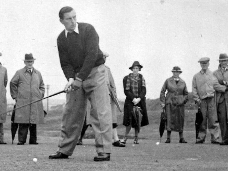 Có rất nhiều lý thuyết được đưa ra về bộ môn golf cổ đại
