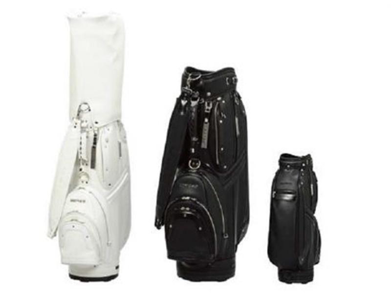 Túi golf CB 3118 được thiết kế đơn giản nhưng vẫn sang trọng và lịch sự