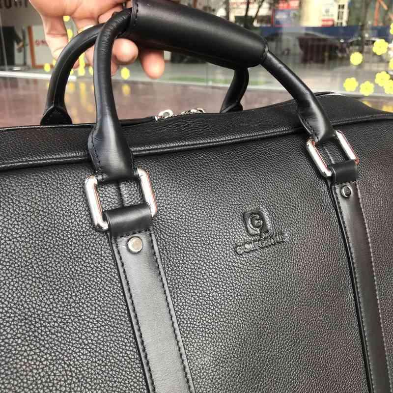 Túi xách êm tay, thuận tiện cho việc mang vác đường xa