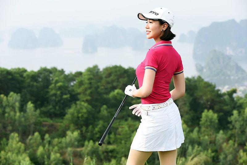 Áo golf Adidas, Nike, Footjoy được nhiều nữ golfer yêu thích