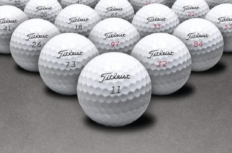 Mẫu bóng golf Titleis được nhiều golf thủ sử dụng