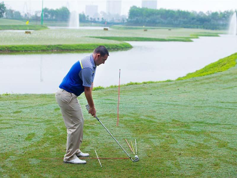 Gậy golf cần phải lựa chọn dòng gậy phù hợp để cho kết quả thi đấu tốt nhất