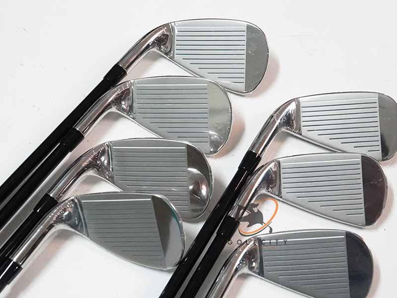 Golfer nên tham khảo tư vấn của chuyên gia trước khi chọn mua bộ gậy tiêu chuẩn