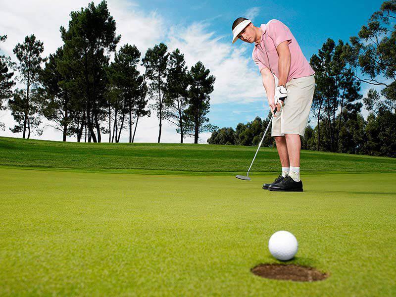 Khoảng cách gậy golf hybrid không có sự khác biệt quá lớn