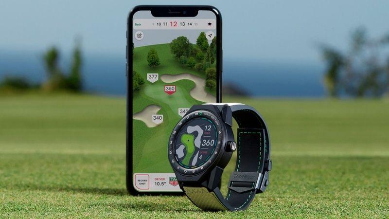 Đồng hồ golf giúp người chơi theo dõi khoảng cách và địa hình sân