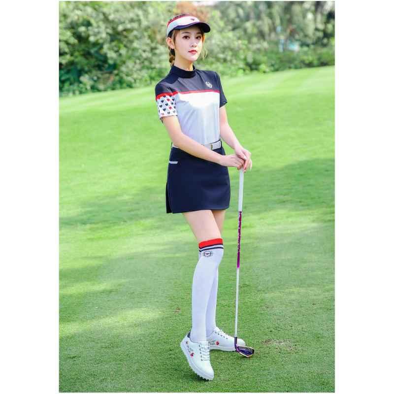 Nữ golfer có thể lựa chọn váy hoặc quần dài khi ra sân