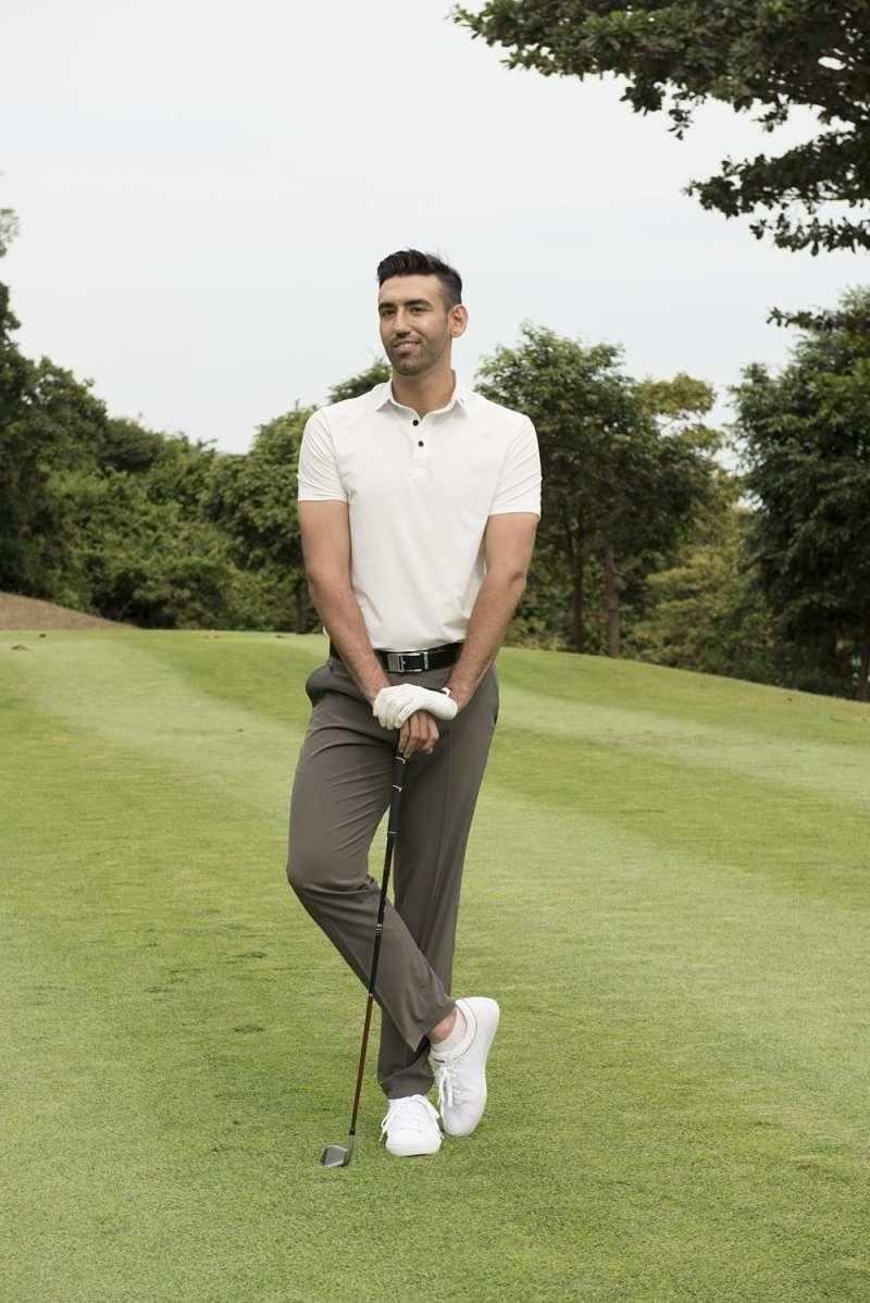 Chọn lựa quần golf phù hợp rất quan trọng đối với golfer nam khi ra sân