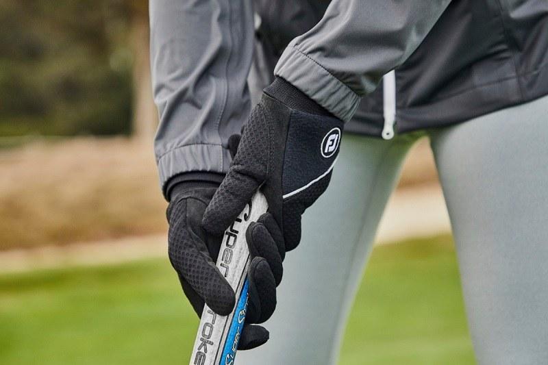 Thời trang golf FootJoy được ra đời từ năm 1857 tại Mỹ.