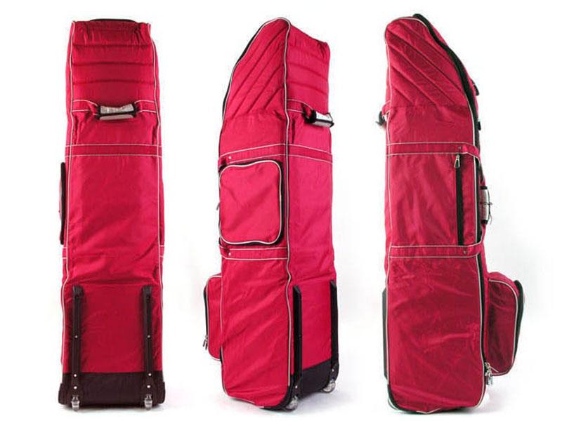 Túi golf hàng không dùng để đựng toàn bộ các dụng cụ cần thiết khi golfer di chuyển bằng máy bay