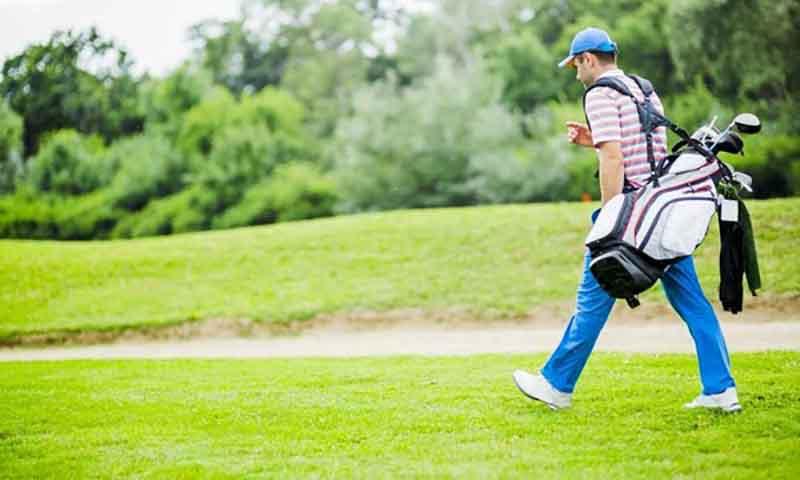 Lựa chọn được một túi golf tốt giúp các golfer yên tâm hơn khi tập luyện trên sân cỏ