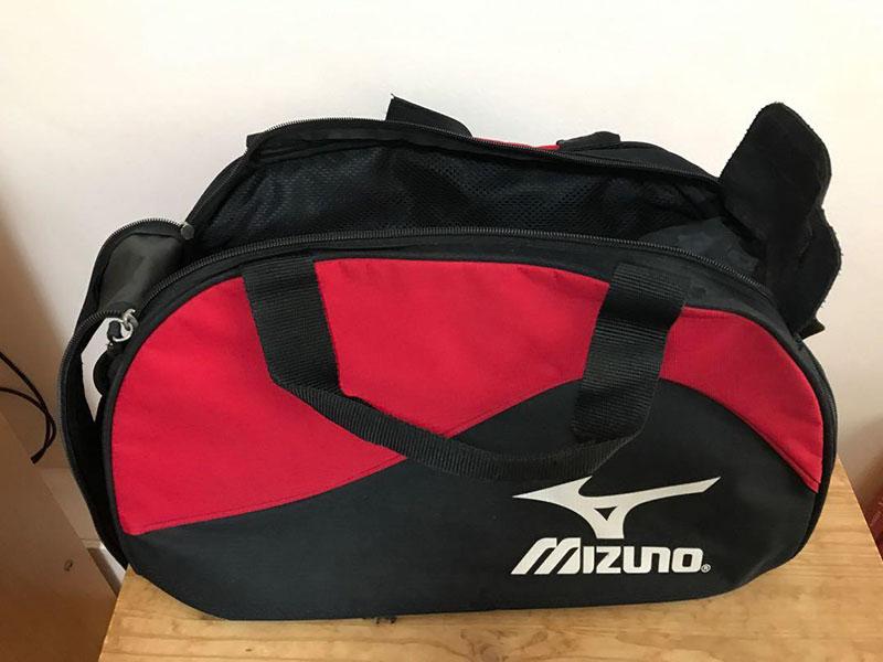 Túi xách từ thương hiệu Mizuno