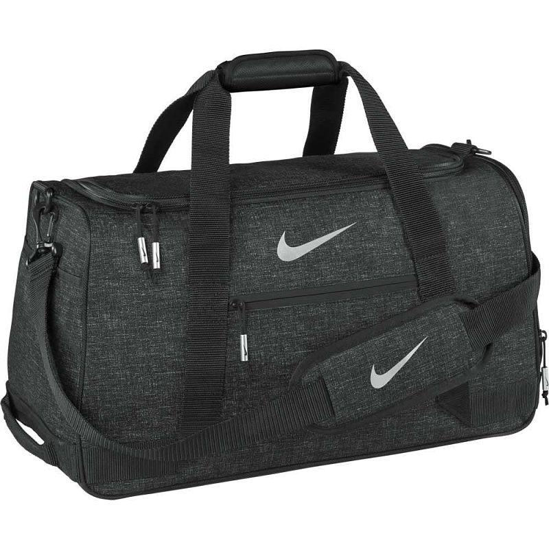 Túi xách golf dùng để đựng phụ kiện khi ra sân
