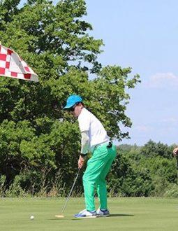 Near pin golf là gì? - Là thuật ngữ chỉ cú phát bóng gần cờ