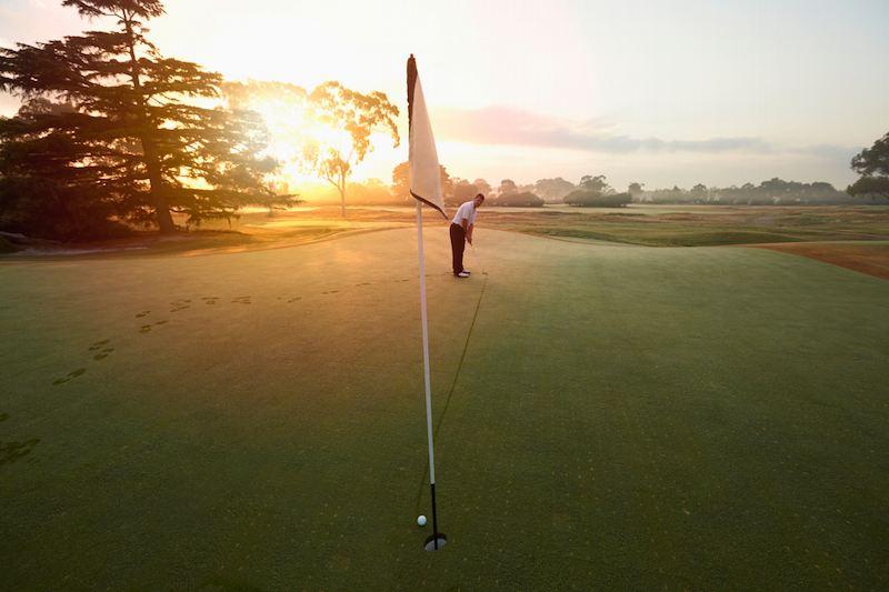 Không phải golfer nào cũng thực hiện được nearest to the pin