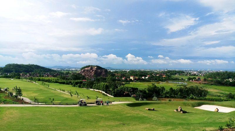 Sân golf Yên Dũng tọa lạc ở vùng đất đắc địa bậc nhất của tỉnh Bắc Giang