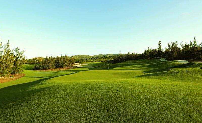 Sân golf xây dựng theo tiêu chí Xanh - Sạch - Đẹp
