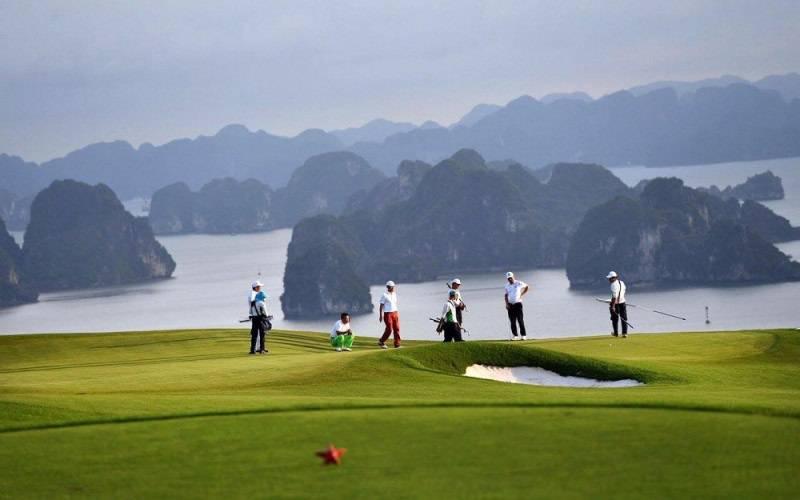 Chơi golf ở sân FLC Quảng Ninh cao cấp như vậy hết bao nhiêu tiền?