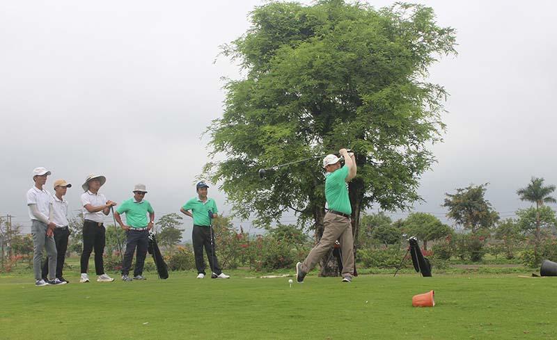 Sân golf khu vực Tây Nguyên được yêu thích