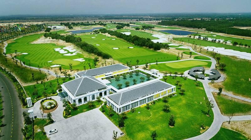 Sân golf Nam Hội An nhìn từ trên cao
