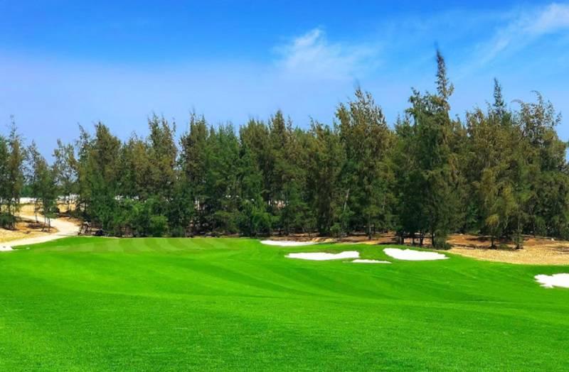 Các hố golf ở đây ẩn chứa rất nhiều thử thách