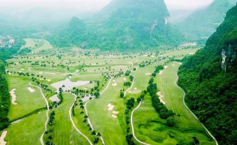 Sân golf Lương Sơn tại góc nhìn toàn cảnh