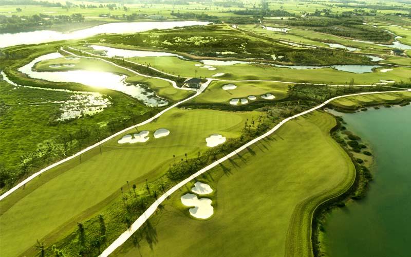 Sân golf mang tính chuyên nghiệp tại Việt Nam